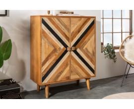 Štýlová masívna skrinka Frida Blanca z mangového dreva hnedej farby s geometrickým vzorom