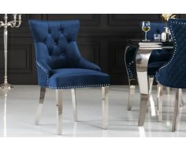 Jedinečná zámocká jedálenská stolička Eleanor modrej farby zo zamatu s kovovými striebornými nohami