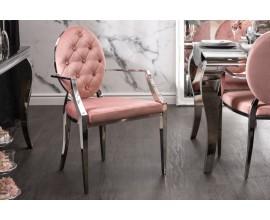 Dizajnová jedálenská stolička Modern Barock ružovej farby s kovovou konštrukciou