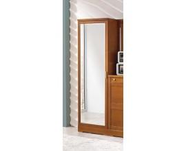 Exkluzívna vysoká šatníková skriňa z masívu hnedej farby so zrkadlom 60cm