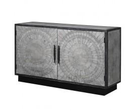 Dizajnový dvojdverový príborník z masívneho dreva v sivej farbe s mozaikovým zdobením predných dvierok 148cm