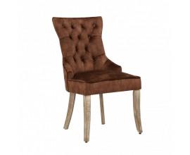 Chesterfield jedálenská stolička Torino so zamatovým poťahom hnedej farby a masívnymi nohami so strieborným klopadlom 96cm