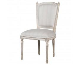 Baroková jedálenská stolička v bielej farbe z mahagónového dreva s vyrezávanými ozdobnými prvkami a čalúnením z bavlnenej látky