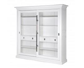 Luxusná biela vitrína Wielton Blanc z masívu 226 cm