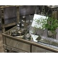 Kolekcia luxusného zrkadlového nábytku Belfry