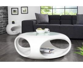 Lesklý moderný nábytok
