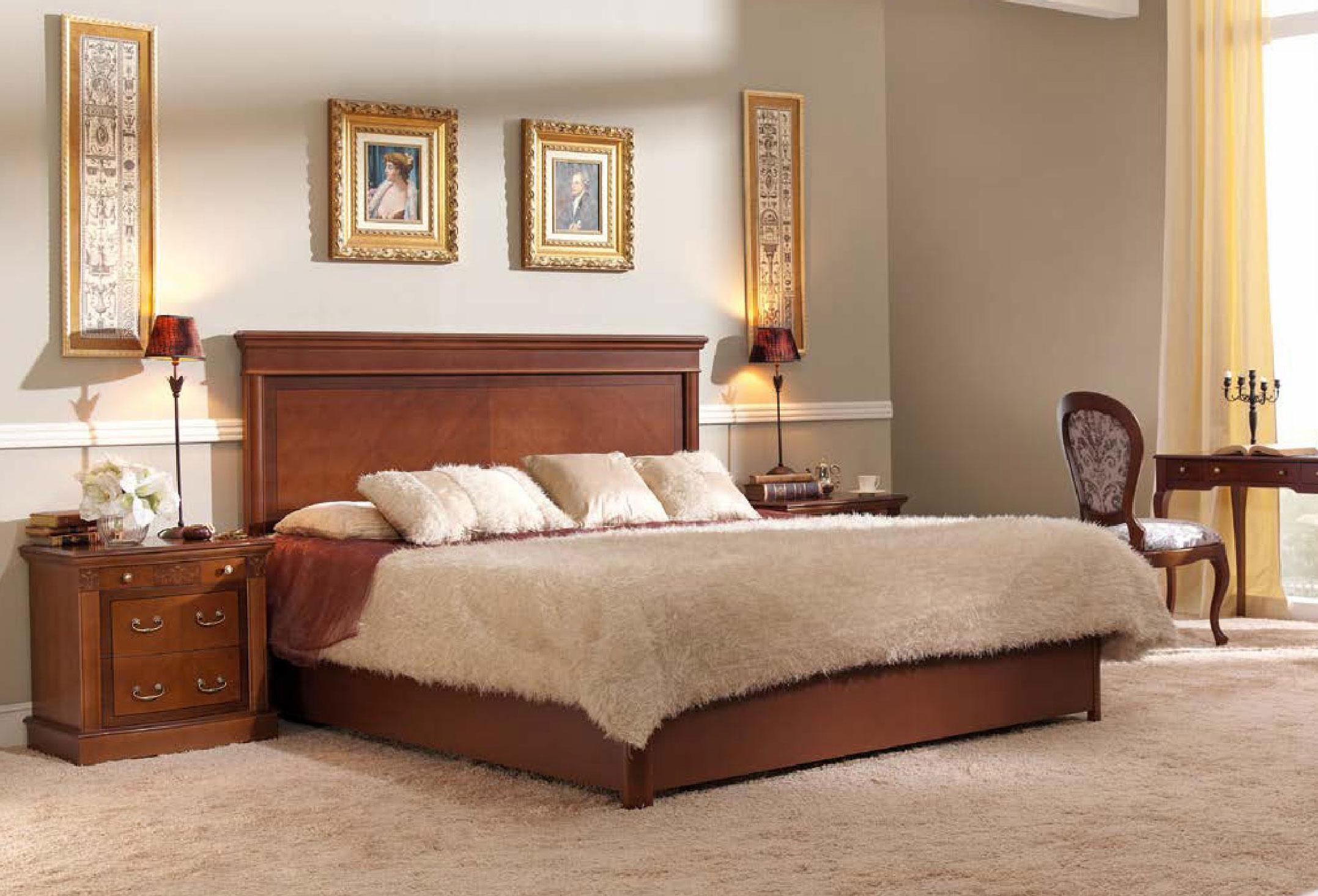 Luxusná rustikálna posteľ Castilla do spálne v klasickom štýle