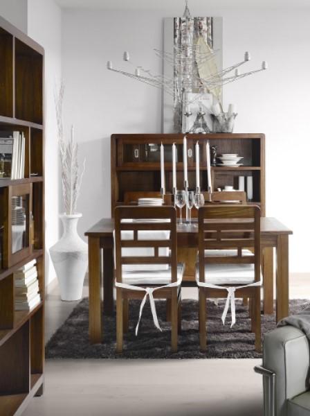 Luxusný nábytok do jedálna z masívneho dreva tmavohnedý